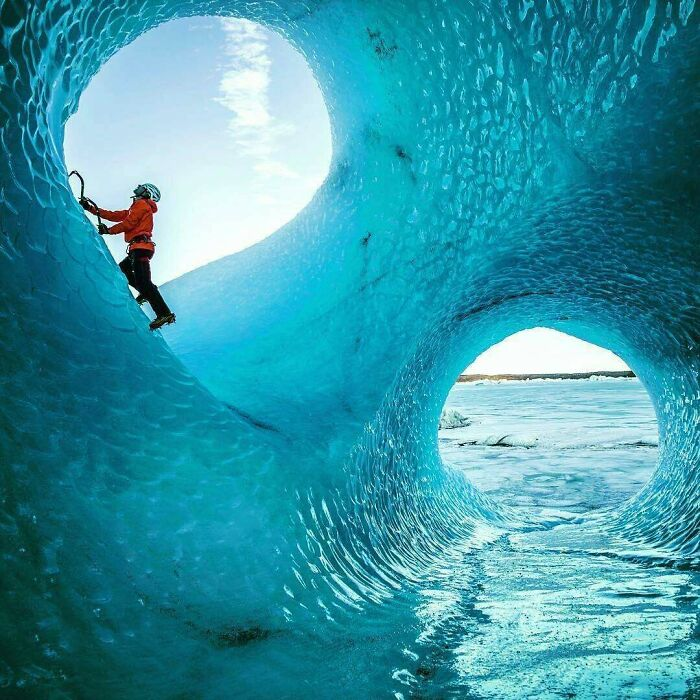 تصویری زیبا از یک یخ نورد
