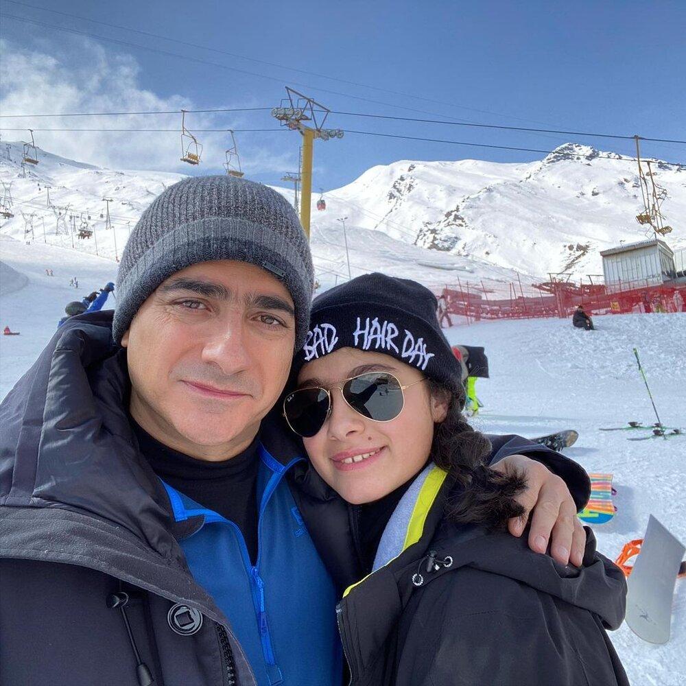 همایون شجریان به همراه نفسش در پیست اسکی+ عکس
