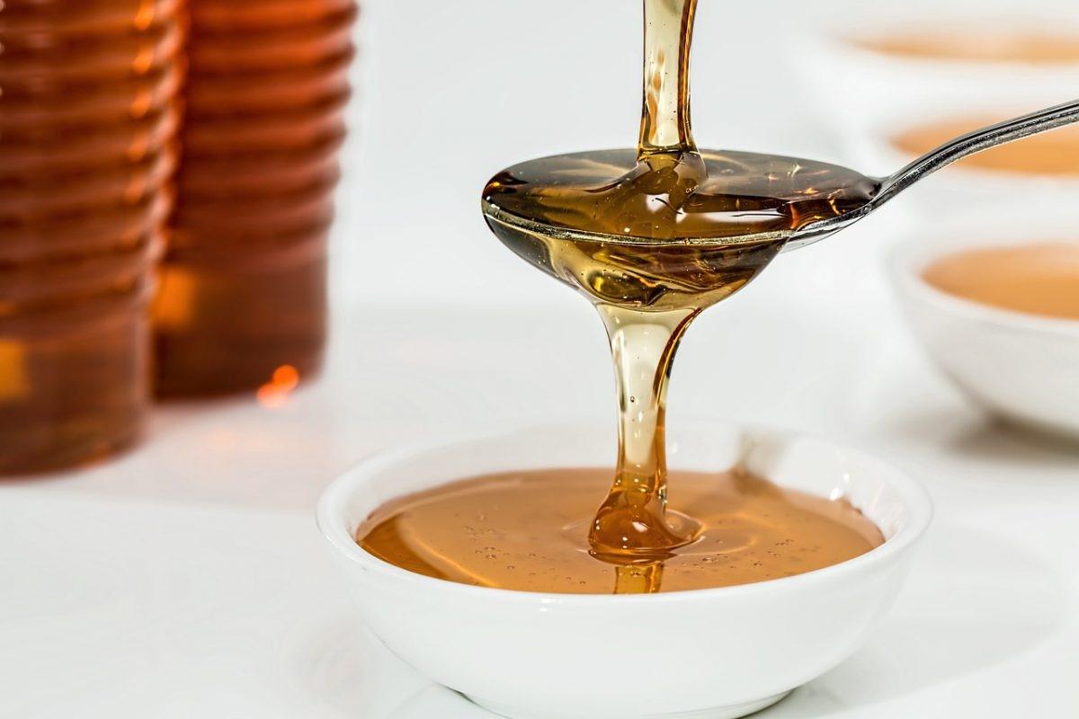 روش های خانگی تشخیص عسل طبیعی
