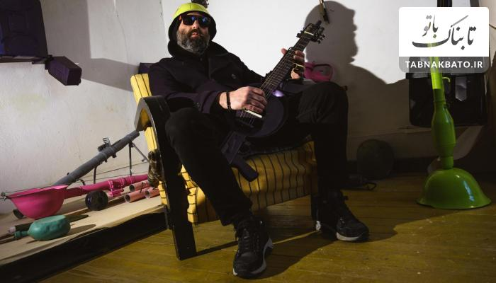 تبدیل تانک به گیتار برای انتقام گرفتن از جنگ و ویرانی