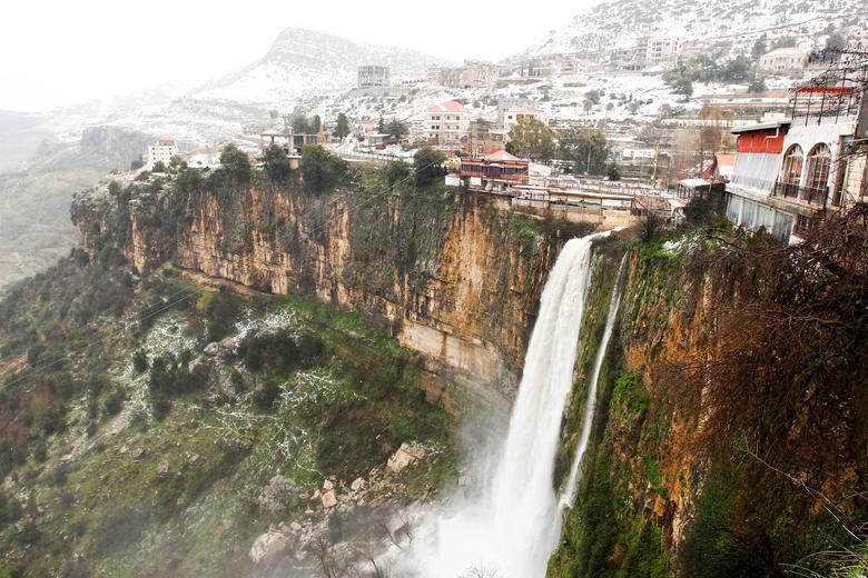نمایی زیبا از سفید پوش شدن جنوب لبنان