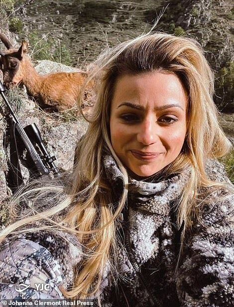 دختر شکارچیِ فرانسوی تهدید به مرگ شد