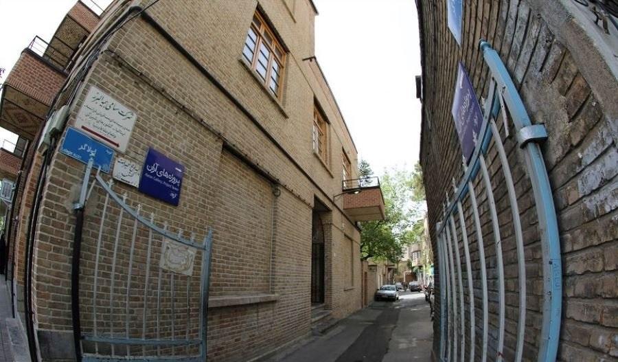 گشتی در کوچه لولاگر؛ قرینه ترین کوچه پایتخت