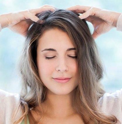 آیا ماساژ پوست سر میتواند به رشد مو کمک کند؟