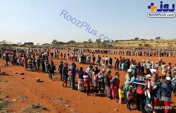 صف طولانی کمک های غذایی در حومه پرتوریا آفریقای جنوبی+عکس