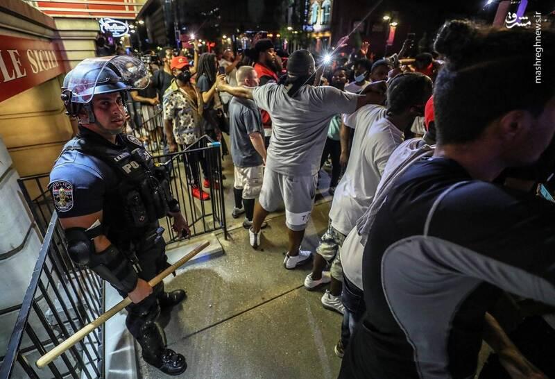 عاقبت پلیس آمریکایی که از تیم جا ماند+عکس