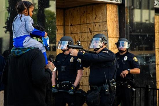 اسلحهکشی پلیس آمریکا به روی کودک