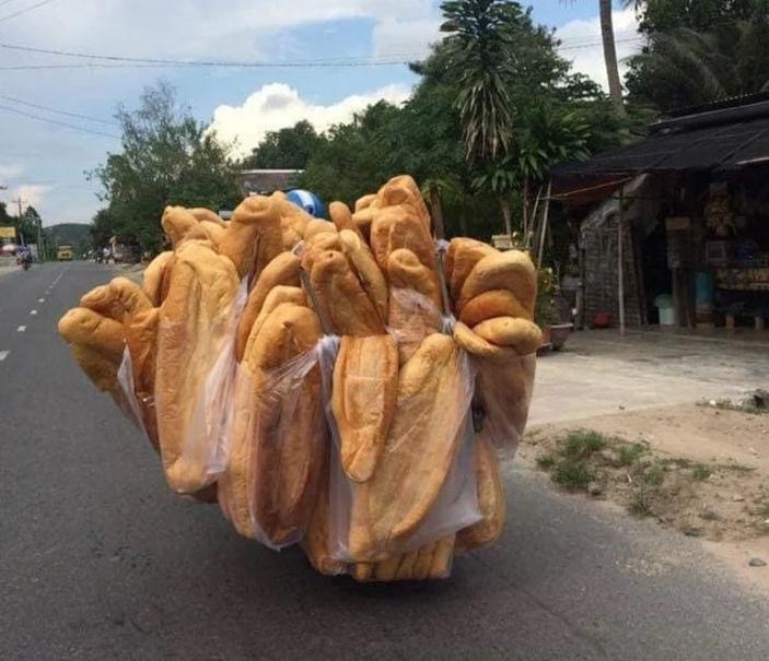 نانهای غول پیکری که توجه جهانیان را جلب کرد +تصاویر