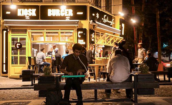 بازگشت زندگی؛ رونق دوباره رستورانها و کافهها