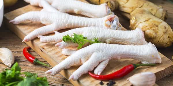 ۱۳ خاصیت پای مرغ برای سلامتی که از آن بی خبر هستید