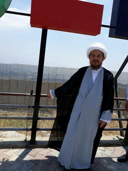 روحانی کتابسوز در مرز لبنان و سرزمینهای اشغالی +عکس