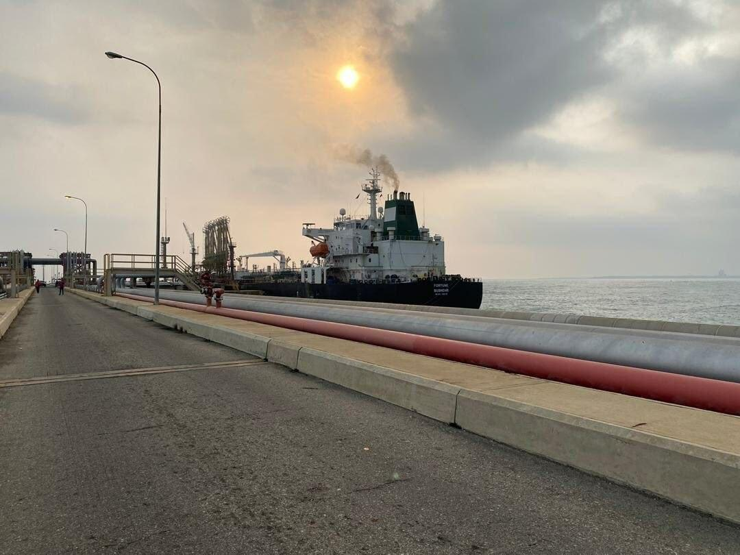 نفتکش ایرانی در ونزوئلا +عکس