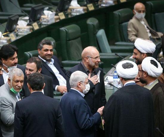 تصویری خاص از قالیبافِ رئیس در صحن مجلس