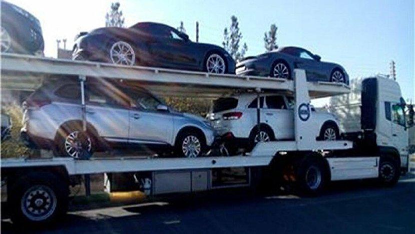 توقیف یدک کش حامل ۵ خودرو قاچاق ۱۸ میلیاردی در اتوبان کرج+عکس