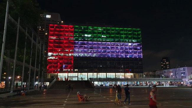 پرچم امارات در مرکز تلآویو به نمایش درآمد