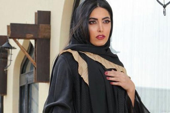 ادعای عجیب ساناز طاری درباره دلیل کشف حجاب