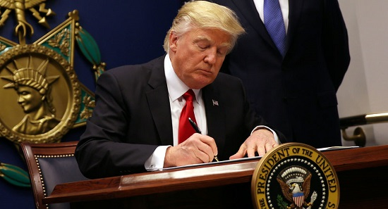 ترامپ: امضای مرا ۱۰۰۰۰دلار بفروشید