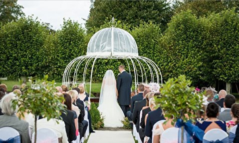 درگیری شدید در مراسم عروسی بین عروس و مهمان
