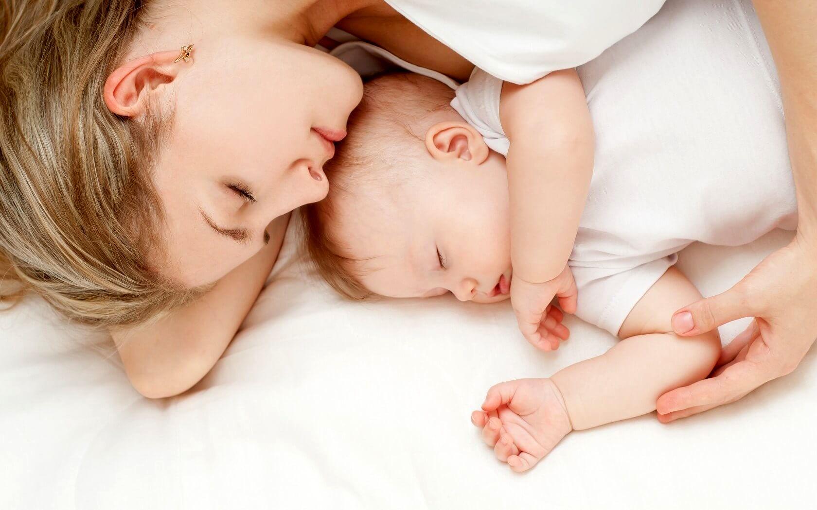 چرا کودکان نباید در اتاق والدین بخوابند؟