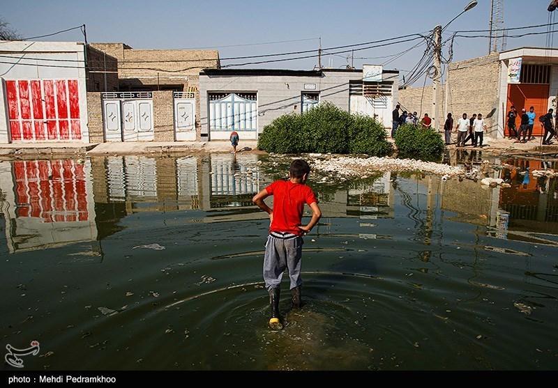 بالا آمدن فاضلاب در شهرک کوت عبدالله خوزستان + عکس