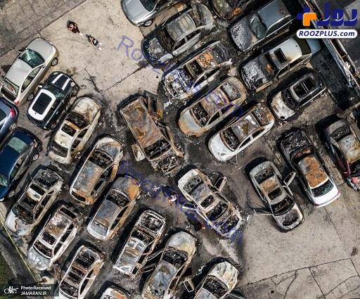 ماشین های سوخته در تظاهرات ویسکانسین آمریکا+عکس