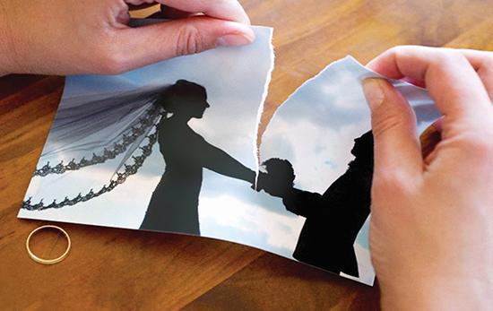 اشتباهاتی که بعد از طلاق رُخ میدهد