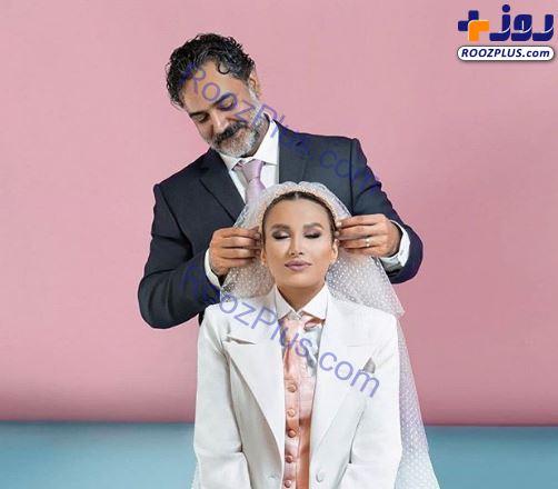 عکس عاشقانه بازیگر تازه داماد و همسرش