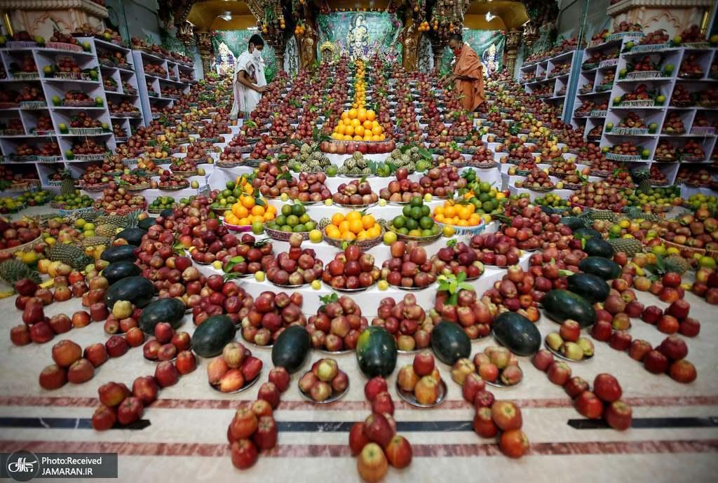 توزیع میوه برای بیماران کرونایی + عکس