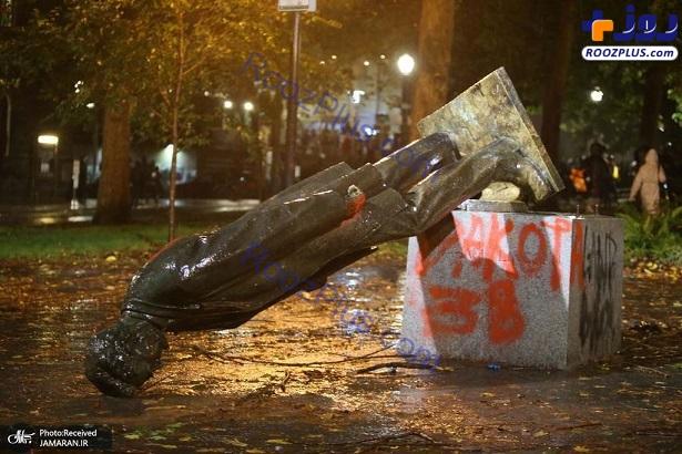 سرنگونی مجسمه آبراهام لینکلن+عکس