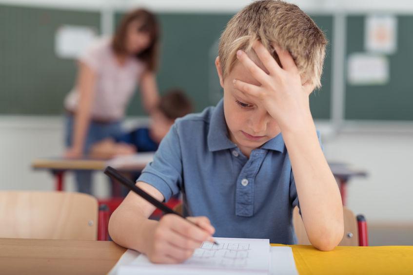 تکلیف والدین با تکالیف درسی فرزندانشان چیست؟