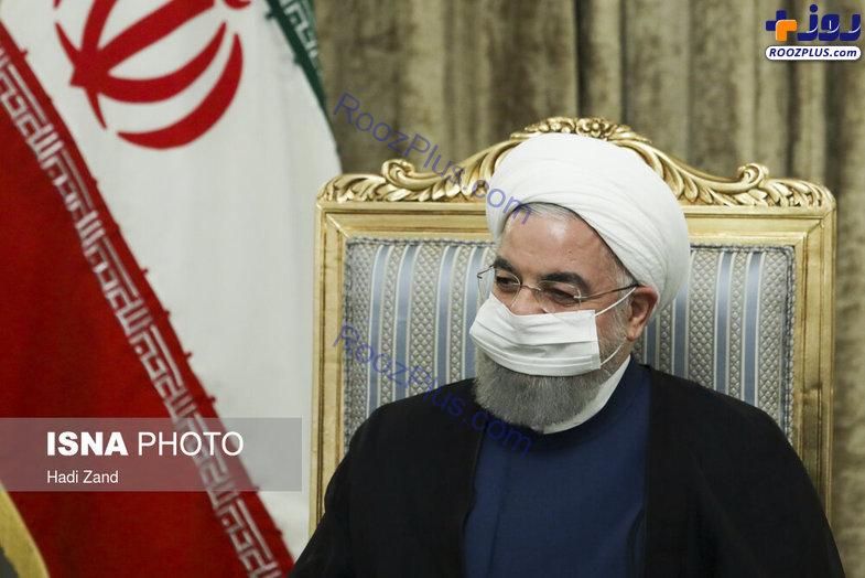 ماسک متفاوت وزیر خارجه عراق در دیدار با حسن روحانی +عکس