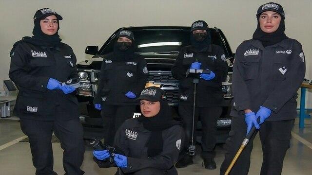 تاسیس اولین تیم زنان خنثی سازی مواد منفجره در پلیس +عکس