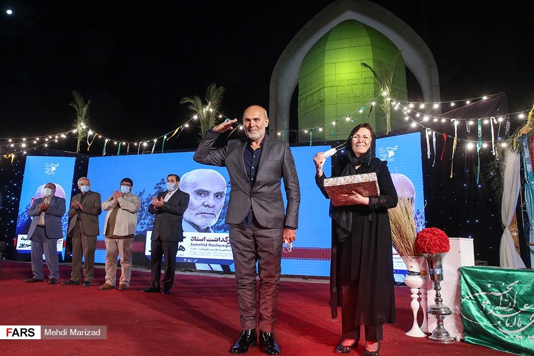 جمشید هاشم پور و همسرش در جشنواره فیلم مقاومت +عکس