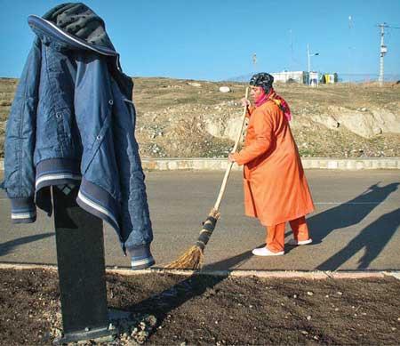 سرنوشت غمانگیز تنها زن پاکبان در ایران +عکس