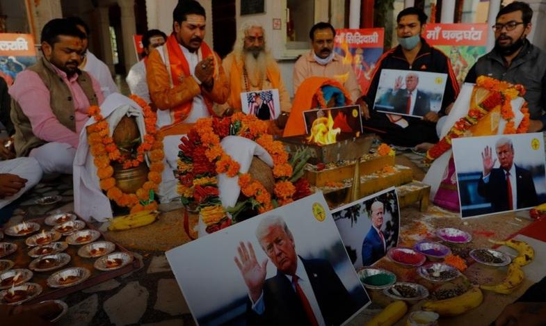 مراسم دعا برای پیروزی ترامپ در هند +عکس