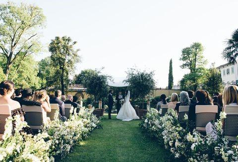بررسی تشریفات عروسی و هزینه های آن
