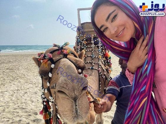 چهره عجیب بهاره افشاری در سلفی اش با یک شتر+عکس