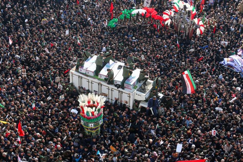 دو عکس از ایران در میان ۱۰۰ عکس برتر رویترز