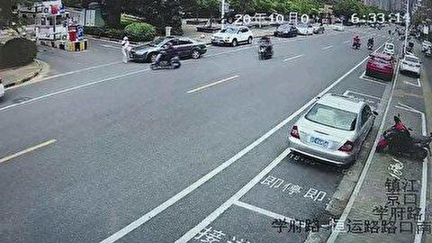 رانندگی دردسرآفرین یک زن در چین