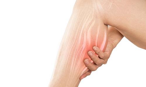 گرفتگی عضلات پا و ۵ ماده مغذی برای مقابله با آن