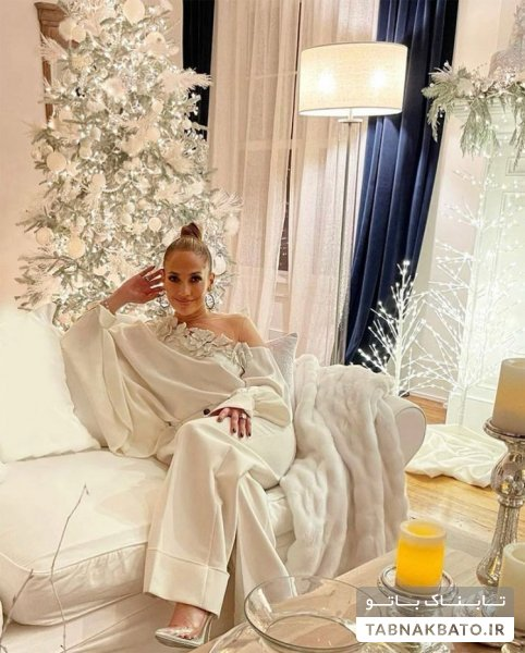 جنیفر لوپز و استقبال از برند تجاریاش با لباس سفید