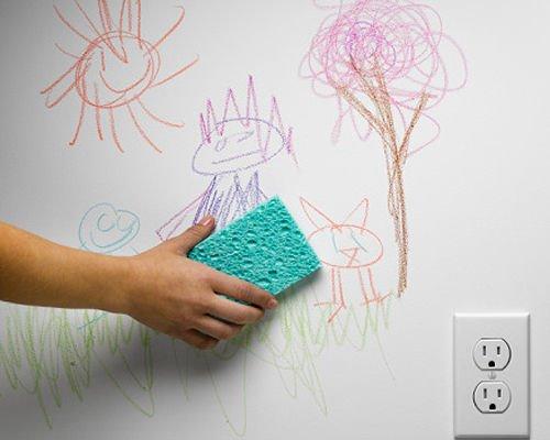با این روش ها به راحتی نقاشی ماژیک کودکتان را از روی دیوار پاک کنید