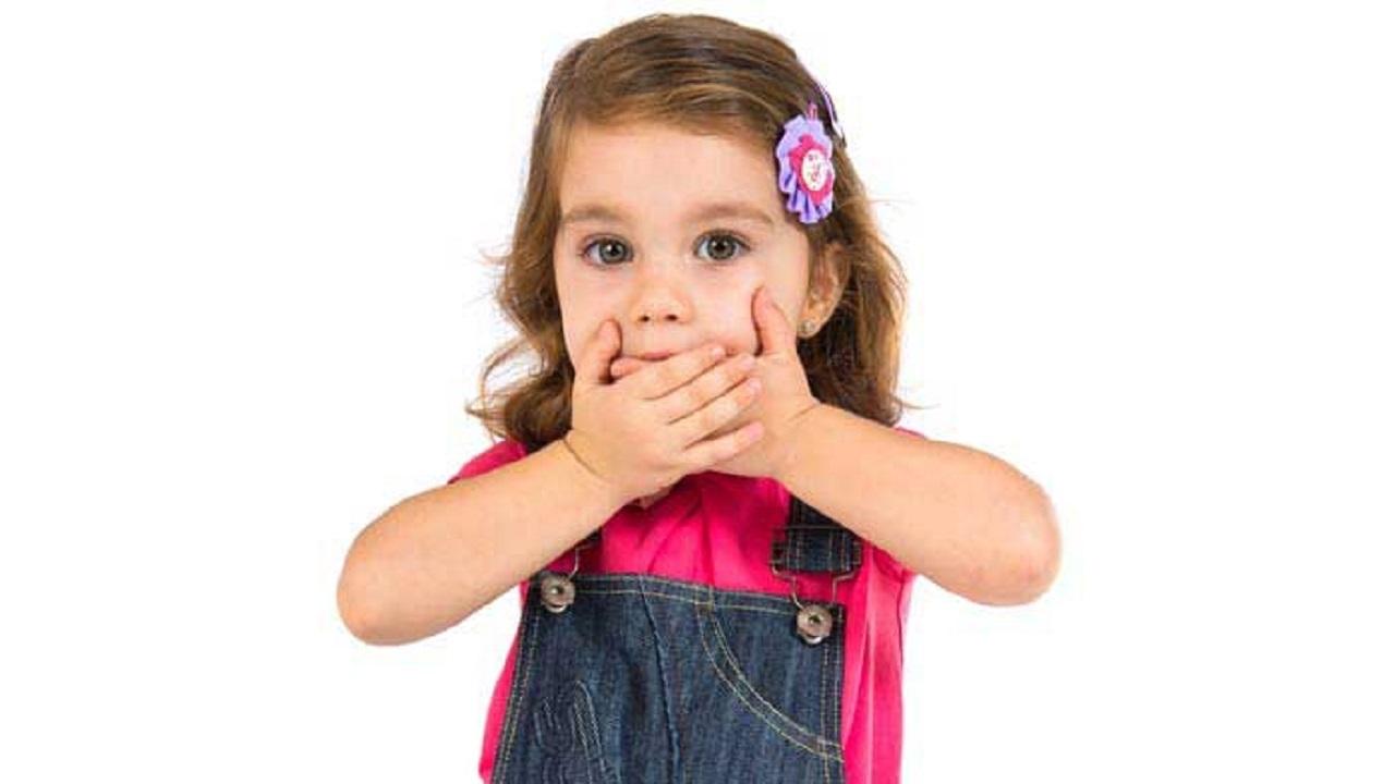 علت بوی بد دهان کودک + درمان