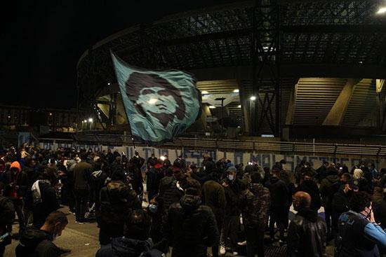 شهر ناپل در شب درگذشت دیگو مارادونا +عکس
