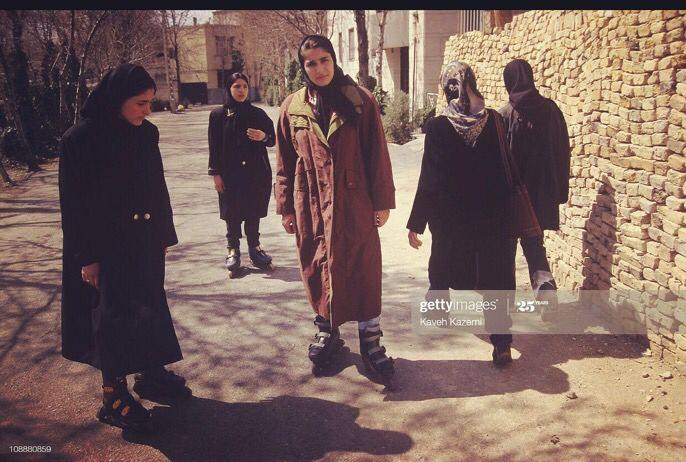 دختران اسکیتباز محله چیذر تهران +عکس