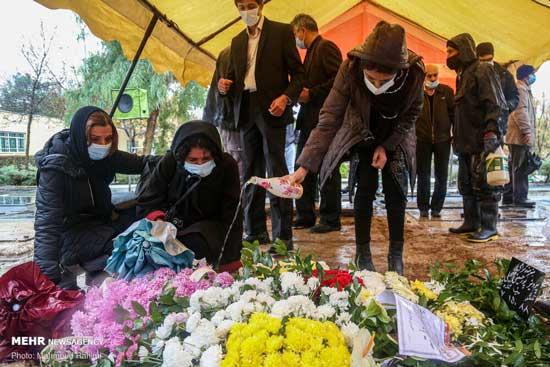 پرویز پورحسینی به خانه ابدی رفت