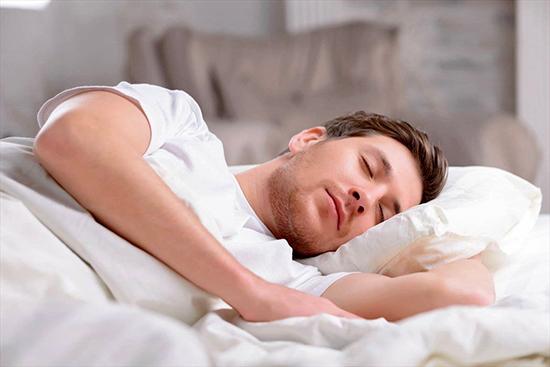 بهترین خوراکیها برای داشتن یک خواب خوب