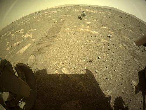 بالگرد مریخی روی سیاره سرخ فرود آمد