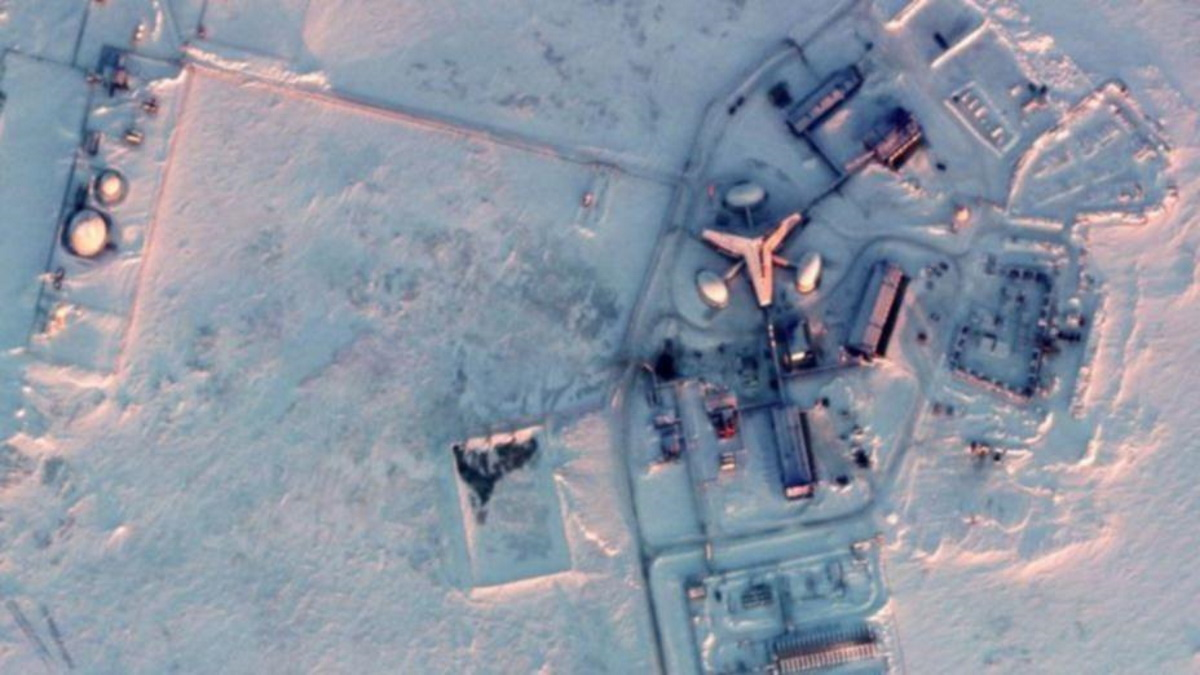 تحرکات نظامی عجیب و بزرگ روسیه در قطب شمال + عکس
