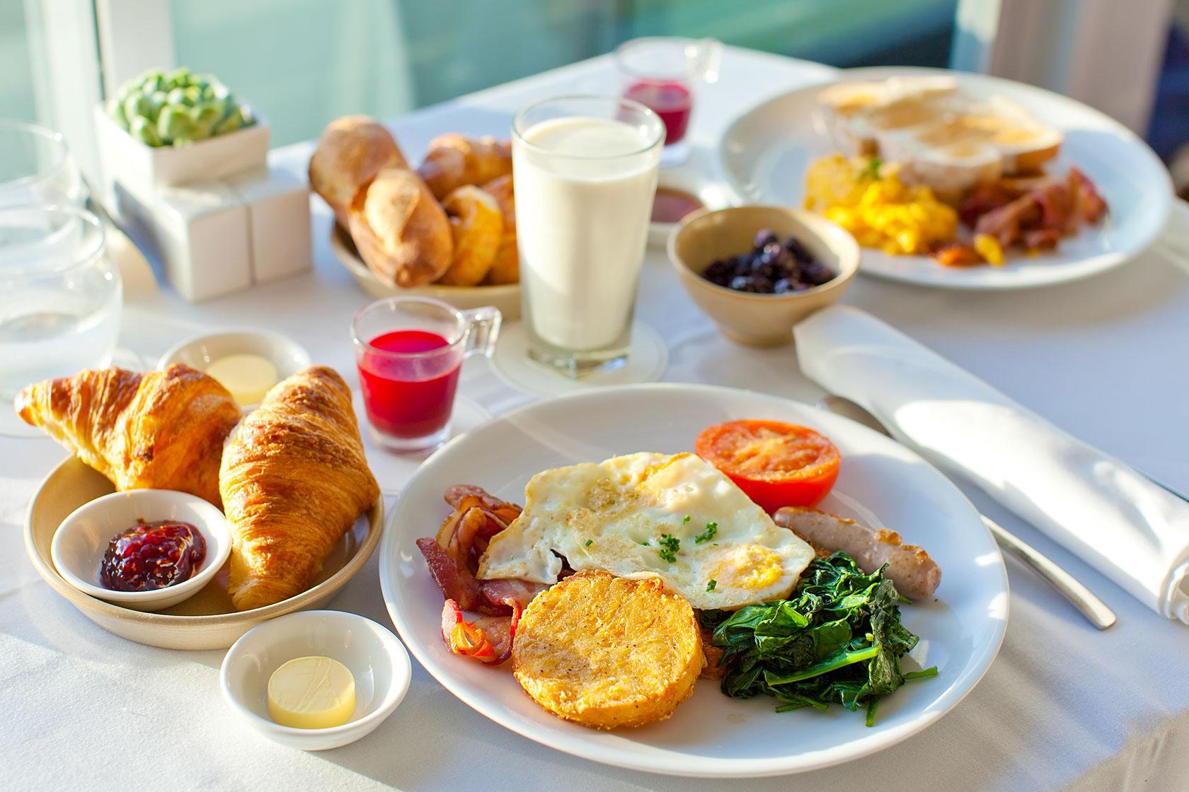 موقع صبحانه به این غذاها لب نزنید
